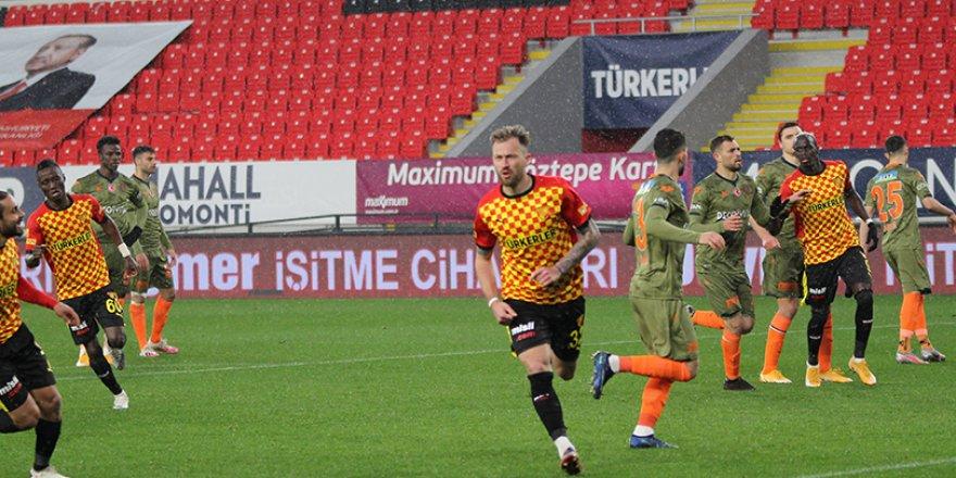 Süper Lig: Göztepe: 2 - Medipol Başakşehir: 1
