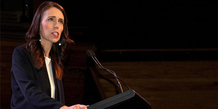 Yeni Zelanda'da üç vaka görüldü: Koronavirüs kısıtlamaları geri getirildi
