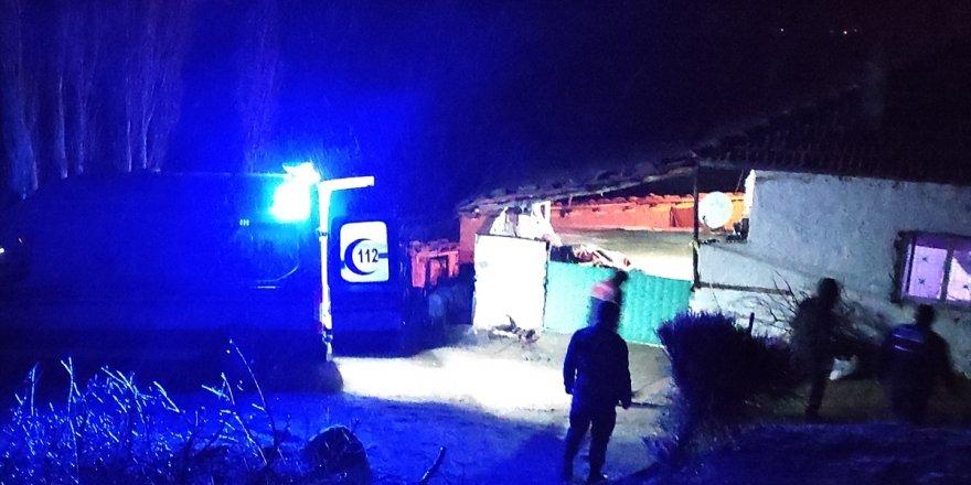 Manisa'da çıkan tartışmada aynı aileden 3 kişi öldü