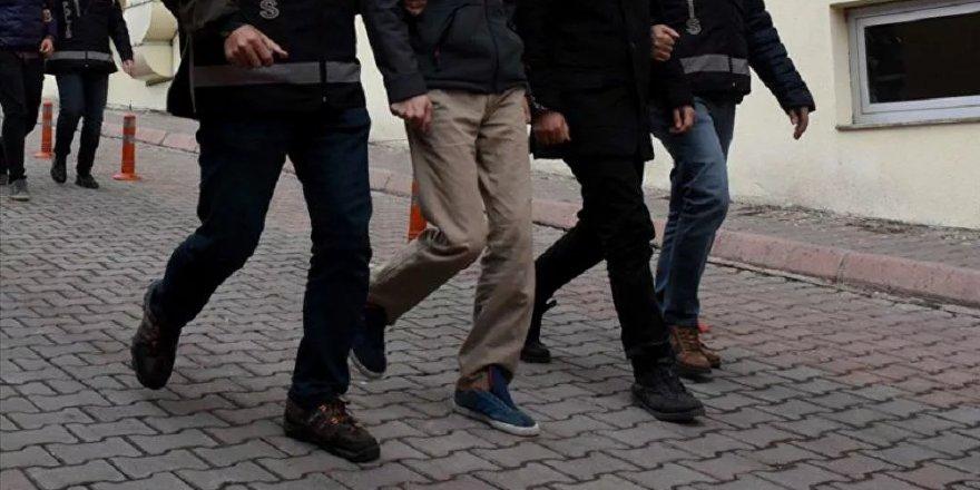 İki FETÖ mensubu isim Özbekistan'dan Türkiye'ye getirildi