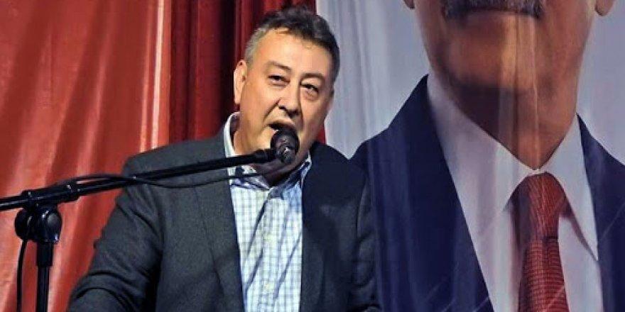 Eski CHP İzmir İl Başkan Yardımcısı Cüneyt Oğuz, partisinden istifa etti