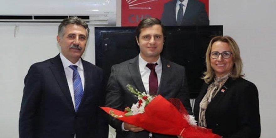 CHP İzmir kaynıyor!