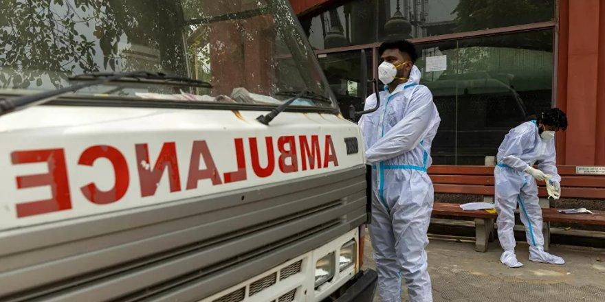 Hindistan'da Kovid-19 salgınında günlük vaka sayısı son 10 haftanın en düşük seviyesinde