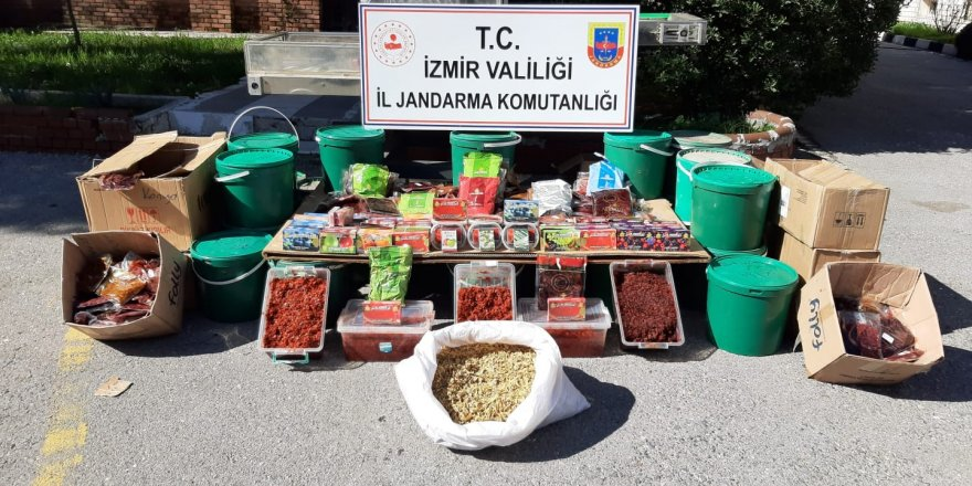 İzmir'de tütün kaçakçılarına yüzbinlerce liralık darbe