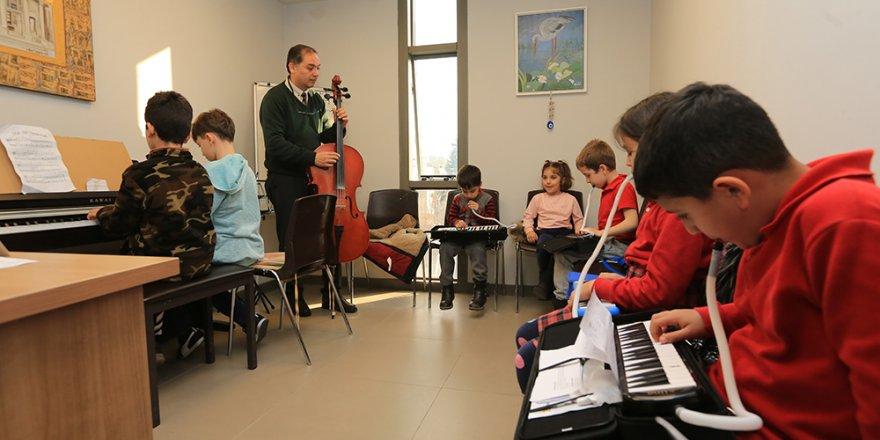 Selçuk'ta müzik kursları yeniden başlıyor