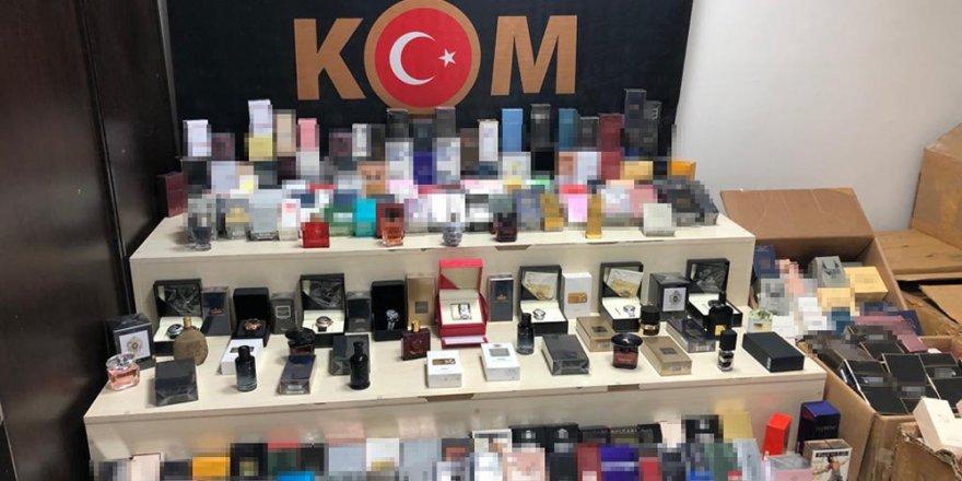 İzmir'de canlı yayında polis baskını: Böyle yakalandı