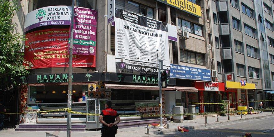 HDP İzmir il binası önünde hareketli dakikalar