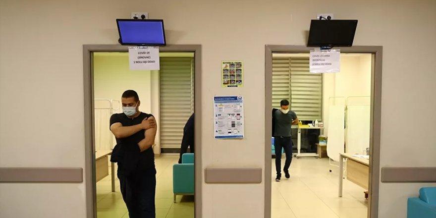 Sağlık Bakanlığı'ndan aşı yapan personele ek ödeme kararı