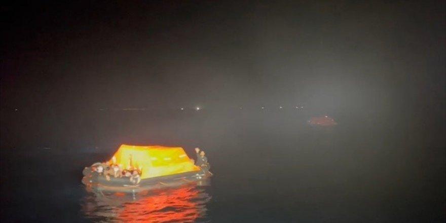 Aydın'da Türk kara sularına geri itilen 84 sığınmacı kurtarıldı