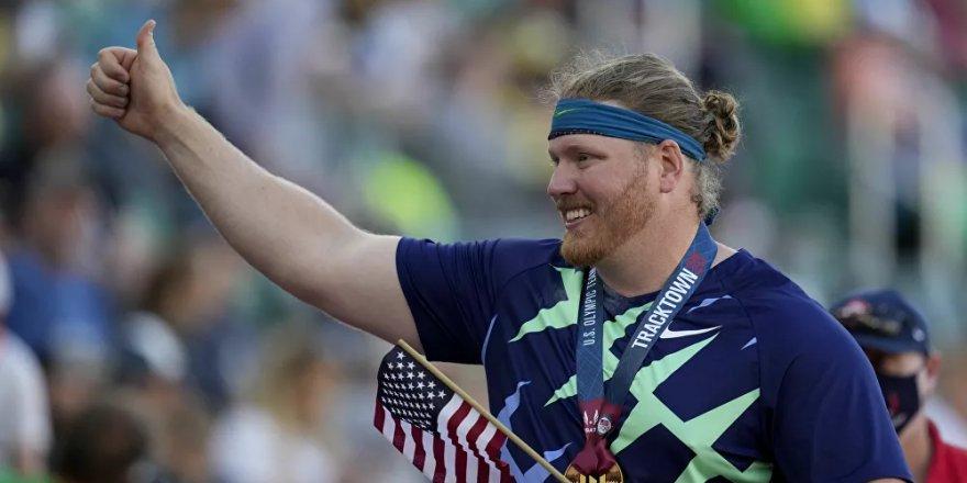 ABD'li sporcu Ryan Crouser, gülle atmada 31 yıllık dünya rekorunu kırdı