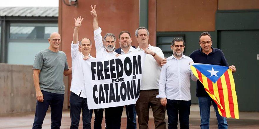 İspanya'da Katalan bağımsızlık ilanında rol almış 9 siyasetçi tahliye oldu