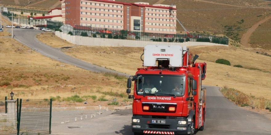 Harmandalı Geri Gönderme Merkezi'nde çıkan yangında 1 sığınmacı hayatını kaybetti