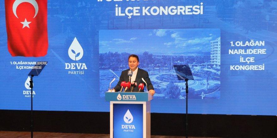 DEVA Partisi Genel Başkanı Babacan, partisinin Narlıdere ilçe kongresine katıldı