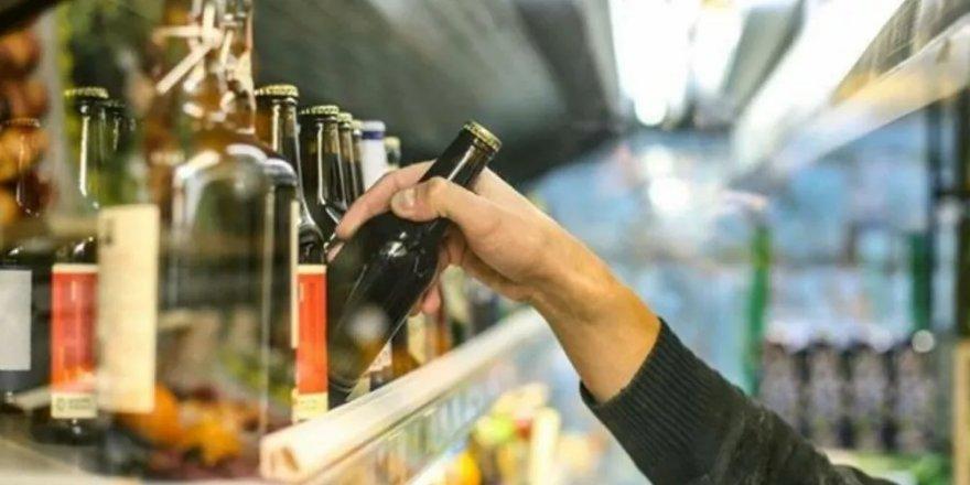 Sigara ve alkolde ÖTV sabit tutuldu