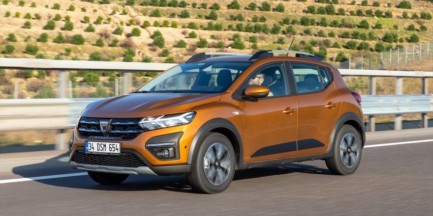 Yeni Dacia Sandero ve Sandero Stepway Türkiye'de tanıtıldı