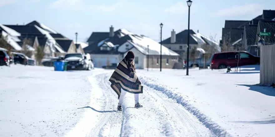 ABD'de aşırı soğuklar 21 can aldı, Teksas eyaletinde milyonlarca kişinin elektriği yok