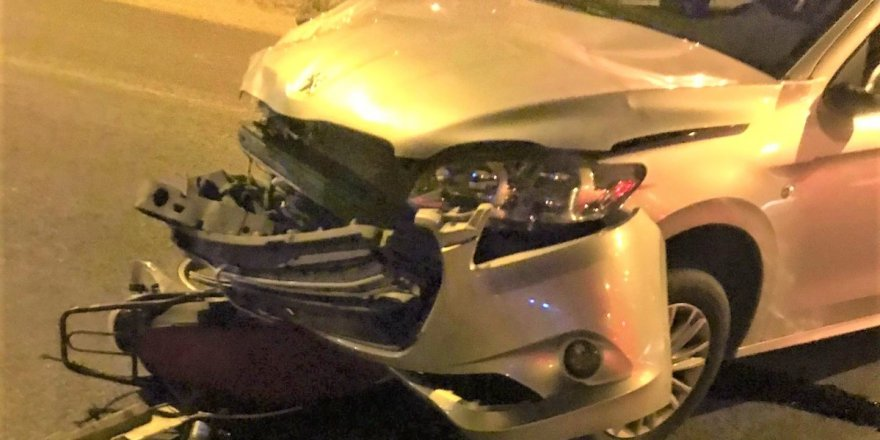 Otomobil motosikletle çarpıştı: 2 ağır yaralı