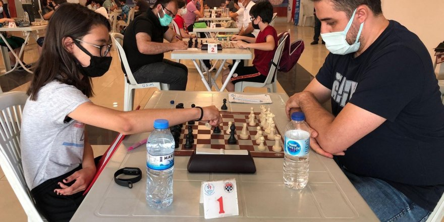 Erciyes Kupası Satranç turnuvası tamamlandı