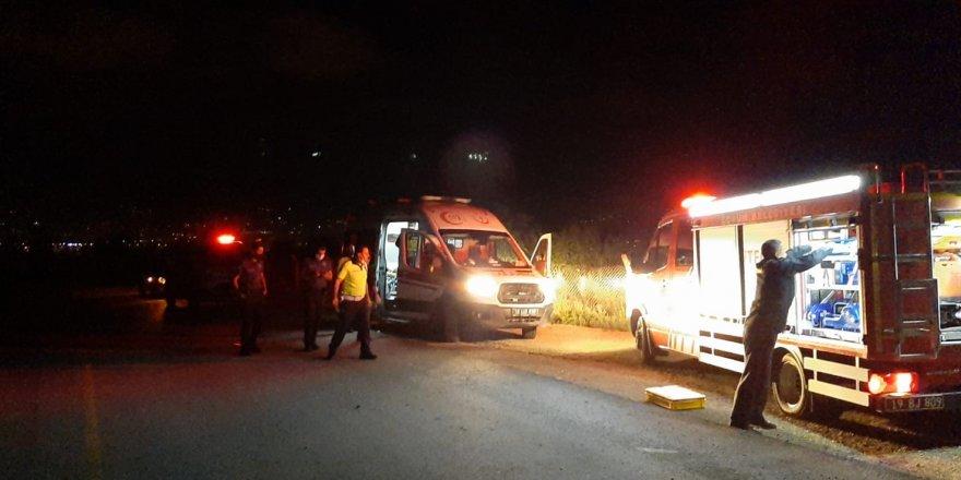 Otomobil takla attı:2 yaralı