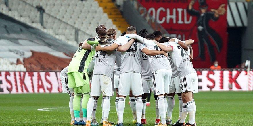 Siyah-beyazlılar, önümüzdeki 8 maçın 7'sini İstanbul'da oynayacak