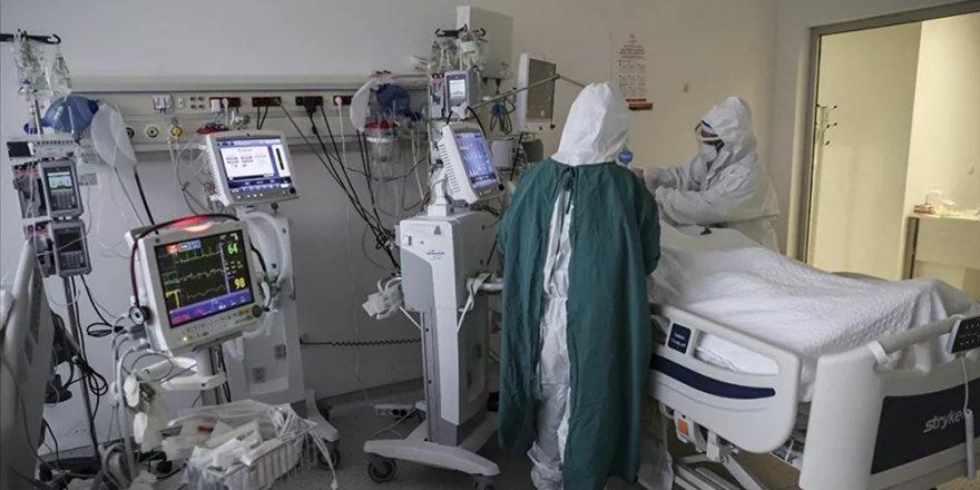 Türkiye'de son 24 saatte 7 bin 241 kişi koronavirüse yakalandı, 83 kişi hayatını kaybetti