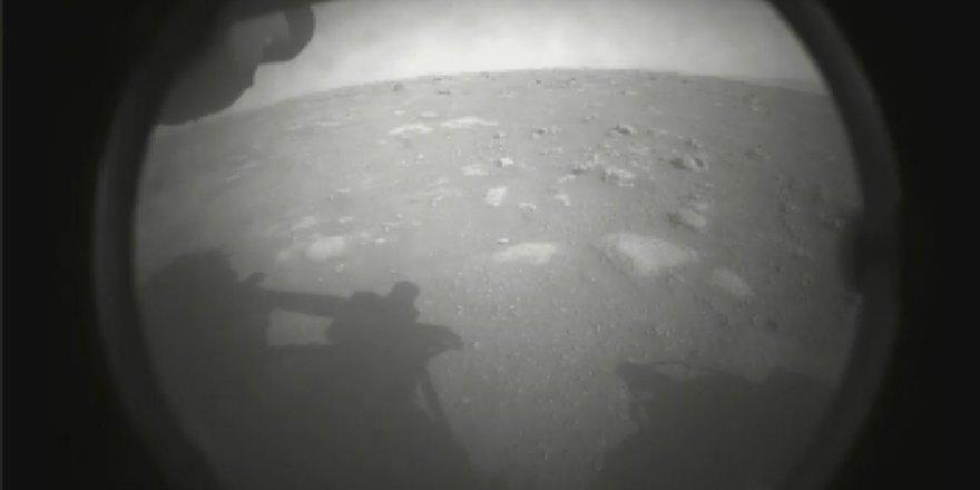 NASA'nın uzay aracı Perseverance, Mars'a iniş yaptı