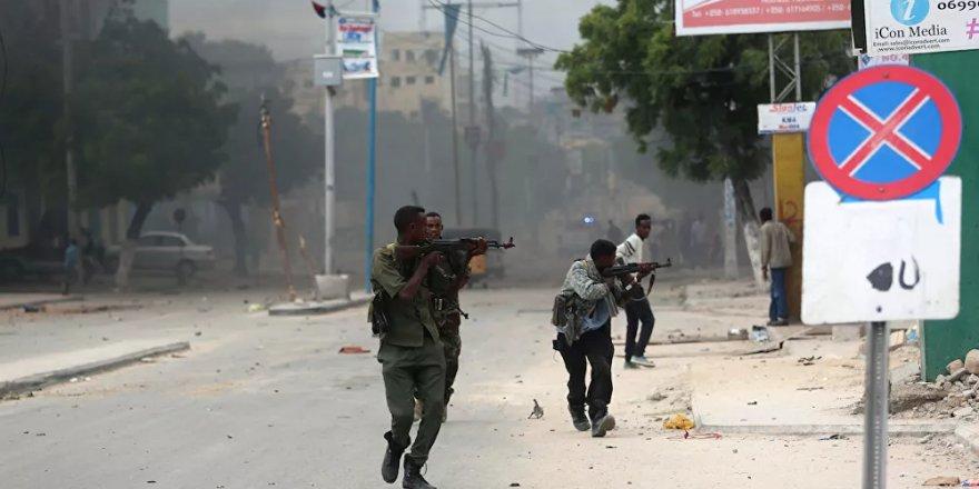 Somali'de cumhurbaşkanı adaylarının kaldığı otel yakınlarında çatışma: 1 asker öldü, 4 asker yaralandı