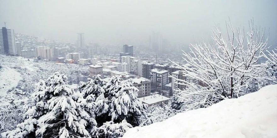 Meteoroloji'den 33 kente sarı kodlu uyarı: Yoğun kar, sağanak, çığ tehlikesi