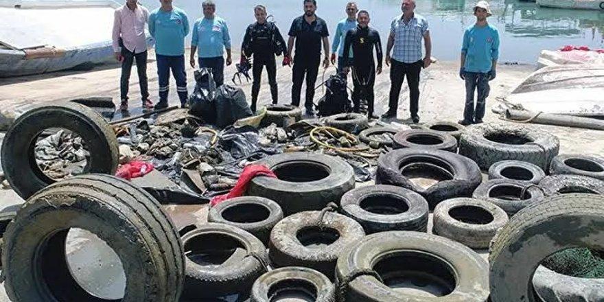 Adana'da denizden traktör tekeri de çıktı, klozet de: 'Müsilaj görülmedi ama plastik atıkla mücadele ediyoruz'