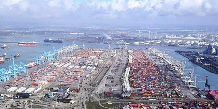 Hollanda'nın Rotterdam limanında, 1 ton 760 kilogram kokain ele geçirildi