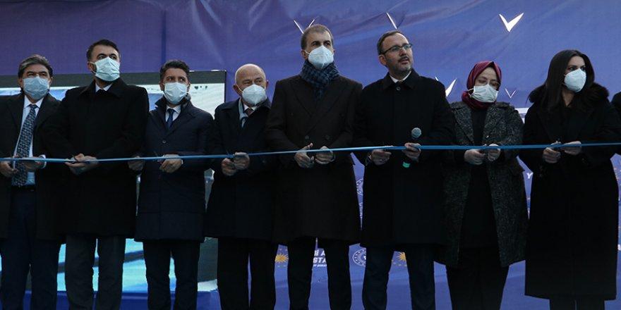 Adana'da yeni stadyum açıldı