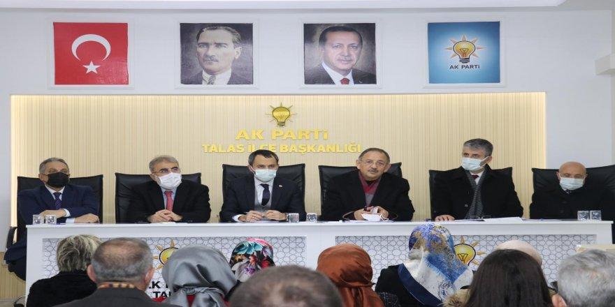 AK Parti'de istişare ve değerlendirme toplantısı