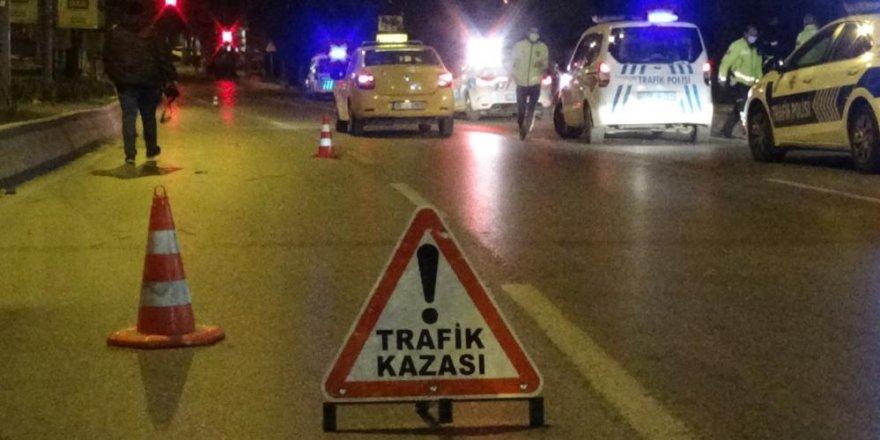 İzmir'de motosiklet sürücüsü kazada ağır yaralandı