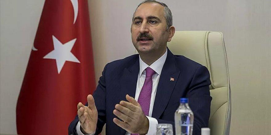 Adalet Bakanı Gül'den hayvan hakları kanununa ilişkin açıklama