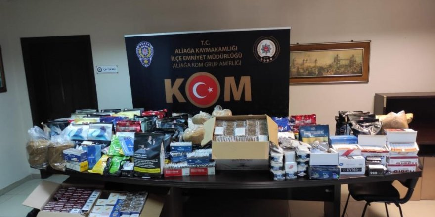 İzmir'de kaçak tütün operasyonu: On binlerce makaron ve 131 kilo tütün ele geçirildi