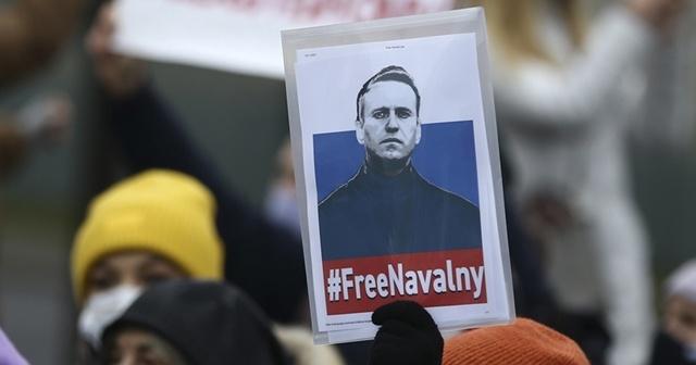 Rusya'da Navalny gösterilerine katıldığı iddia edilen 3 diplomat sınır dışı edildi