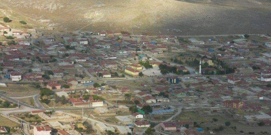 Korona virüs vakalarının arttığı köye karantina kararı