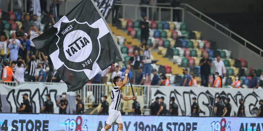 İzmir derbisinde kazanan Altay oldu