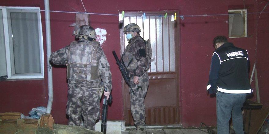 İstanbul merkezli 4 ilde uyuşturucu operasyonu: Çok sayıda şüpheli gözaltına alındı
