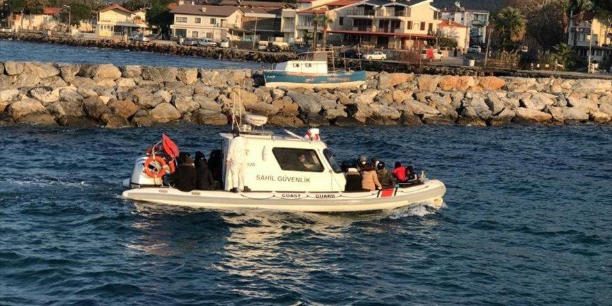 Aydın'da Türk kara sularına geri itilen 45 sığınmacı kurtarıldı