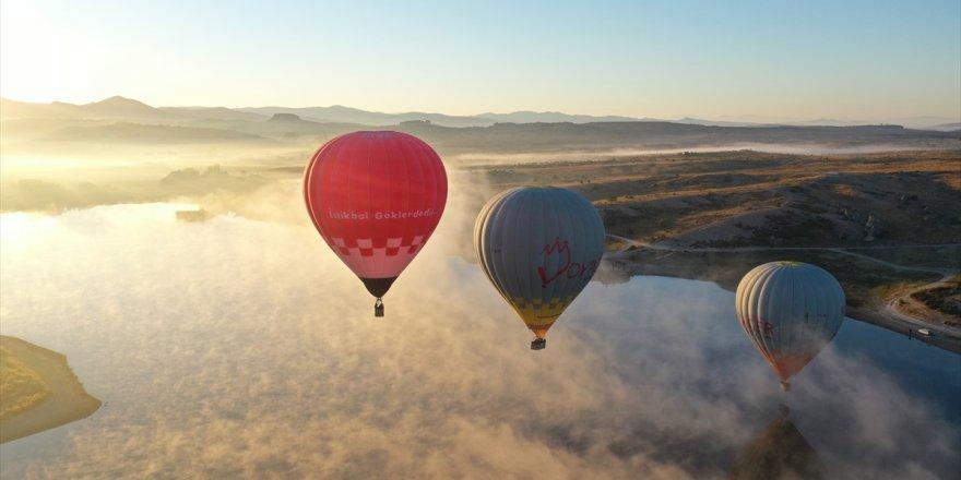 Afyonkarahisar'da binden fazla turist sıcak hava balonu deneyimi yaşadı