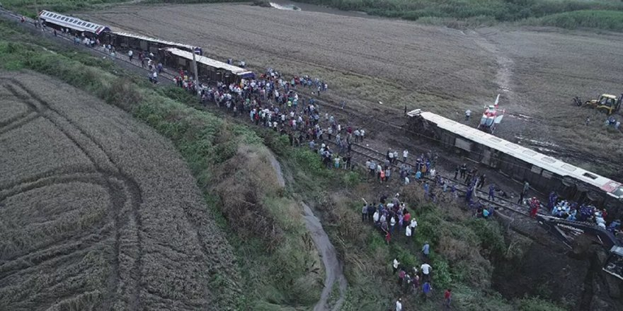 TCDD: Çorlu tren kazasında ölenlerin yakınlarına ve yaralananlara 21.3 milyon TL tazminat ödendi