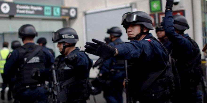 Meksika'da havalimanında silahlı çatışma: 1 ölü, 2 yaralı