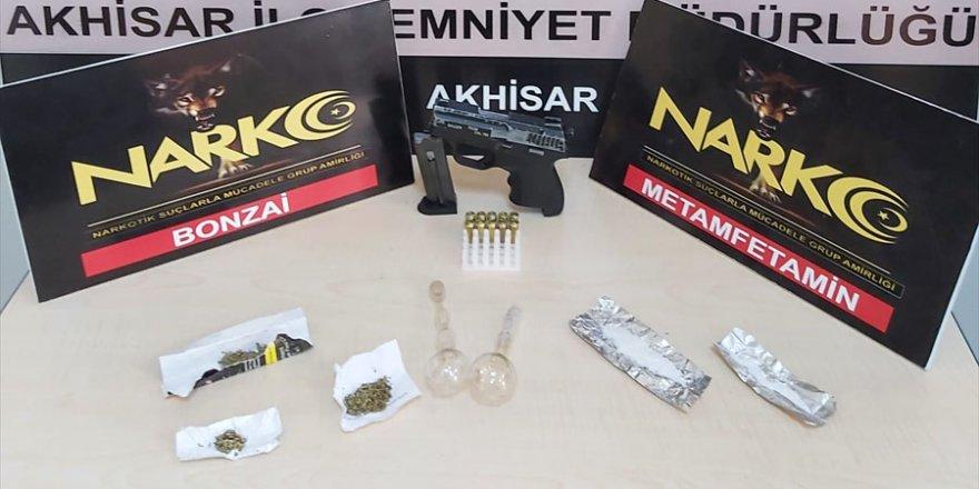 Manisa'da uyuşturucu operasyonunda 4 kişi tutuklandı