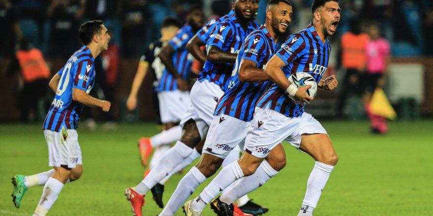 Trabzonspor Süper Lig'de, Bakasetas gol krallığında lider