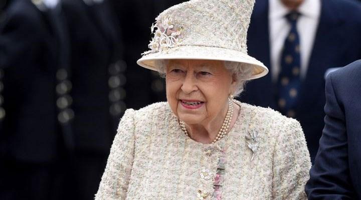 Kraliçe II. Elizabeth, geceyi hastanede geçirdikten sonra Windsor Kalesi'ne döndü