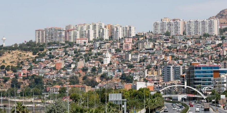 """Revizyonu ötelemek İzmir'e ihanettir"""