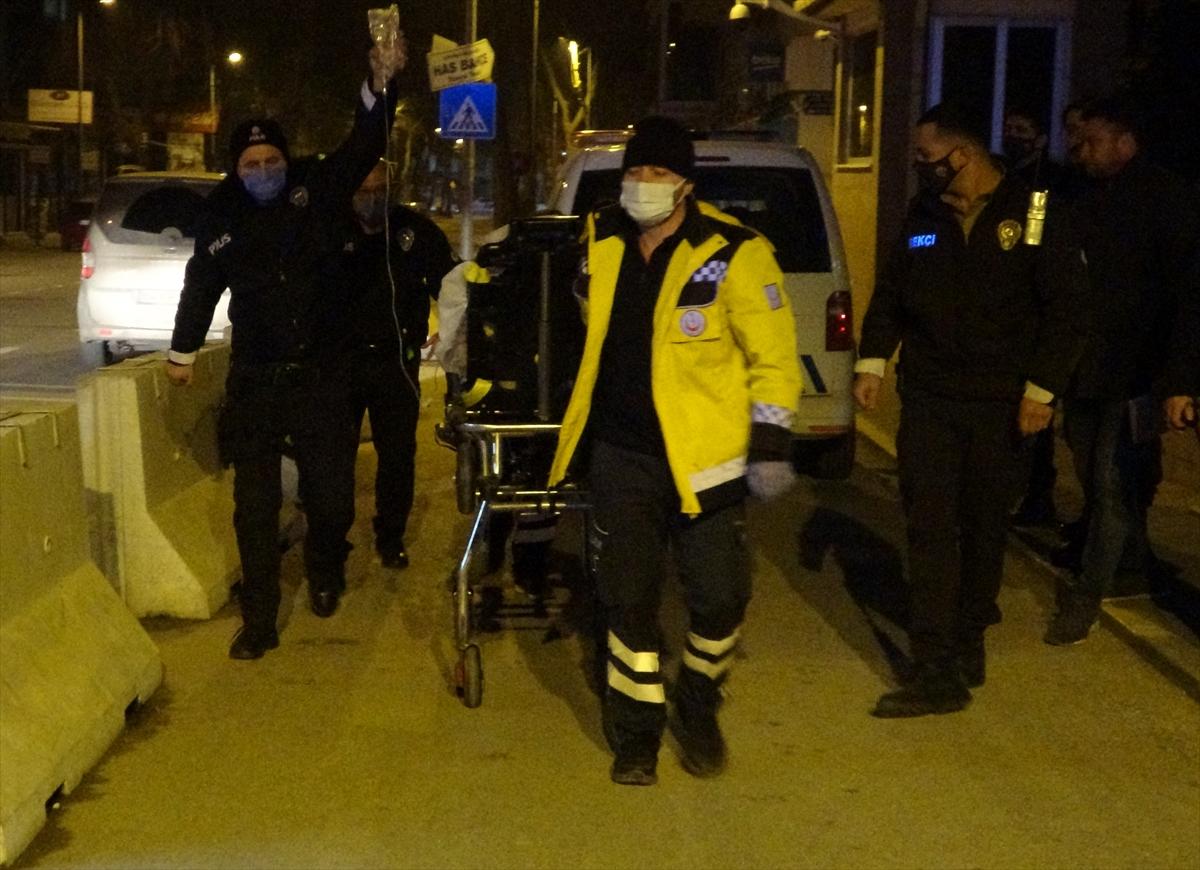 Uşak'ta eşi tarafından silahla vurulan kadın ağır yaralandı