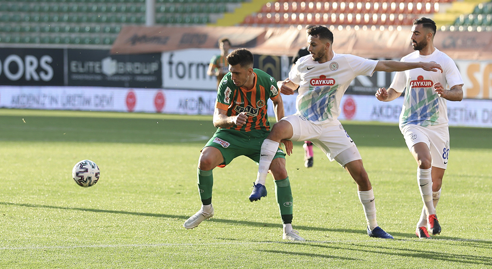 Süper Lig: Aytemiz Alanyaspor: 2 - Çaykur Rizespor: 1