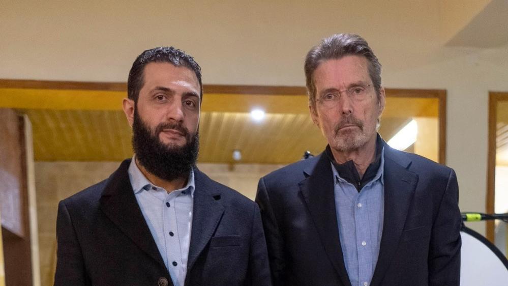 ABD'li gazeteci ödülle aranan terör örgütü lideriyle röportaj yaptı
